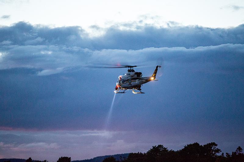 Hubschraubersuche bei Dämmerung